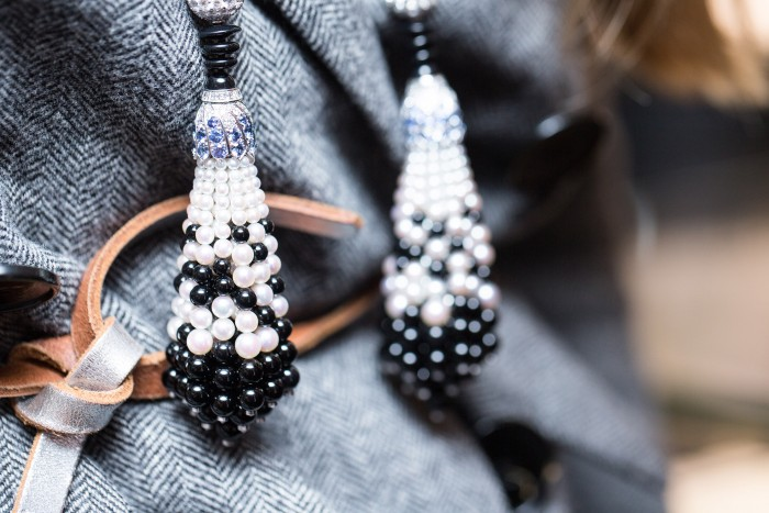 VAN CLEEF & ARPELS_GEMOLOGUE_London_9 Bond Street_Liza Urla_Jewelry Blog 17