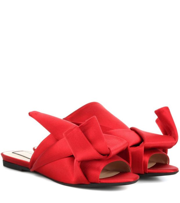 N°21 Satin slip-on sandals