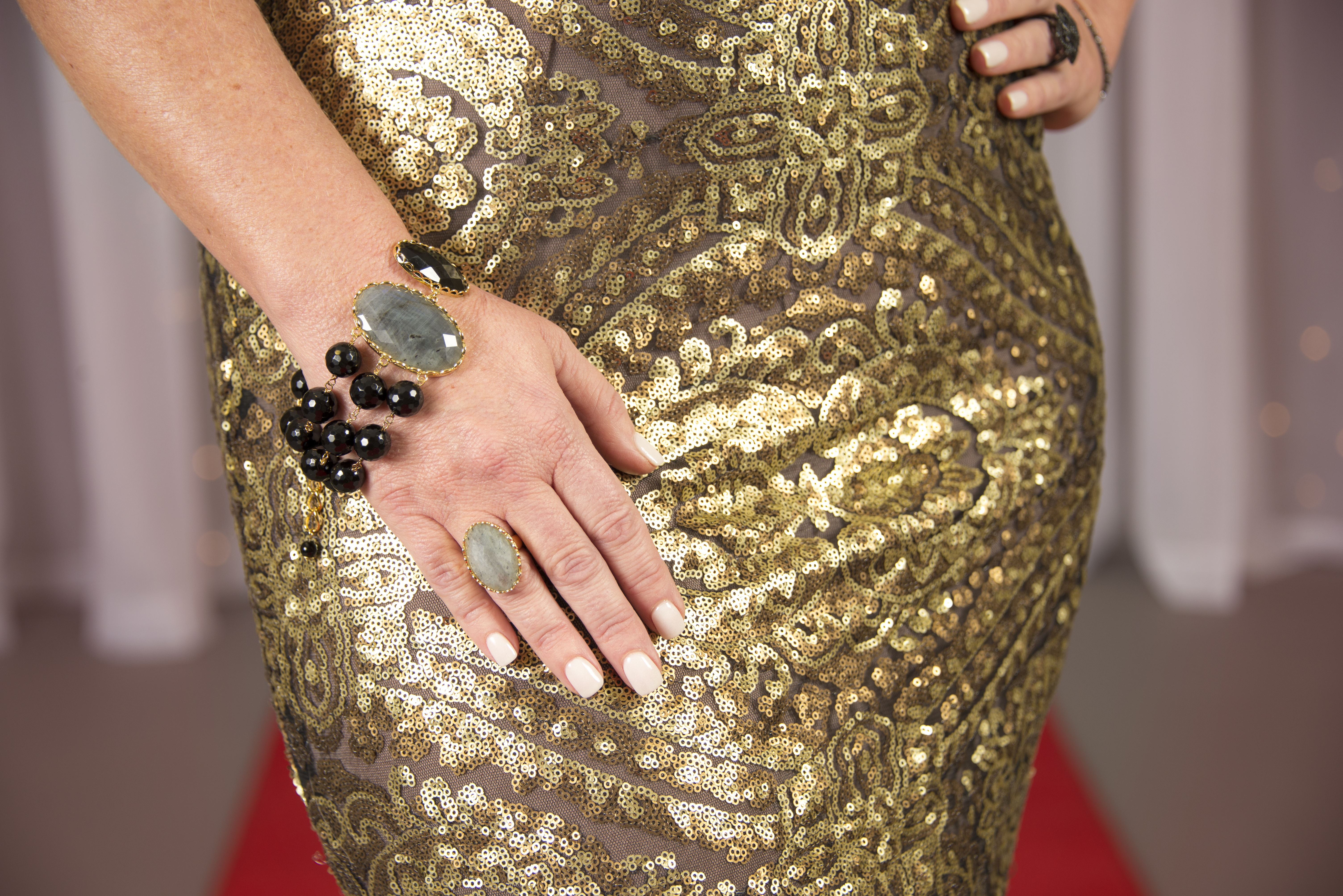 An Award Show Would Not Go Without Our Very Famous Diamond Simulant Line, Bella  Luce® The Black Rhodium Ring And Bracelet Were The Perfect Amount Of Bling