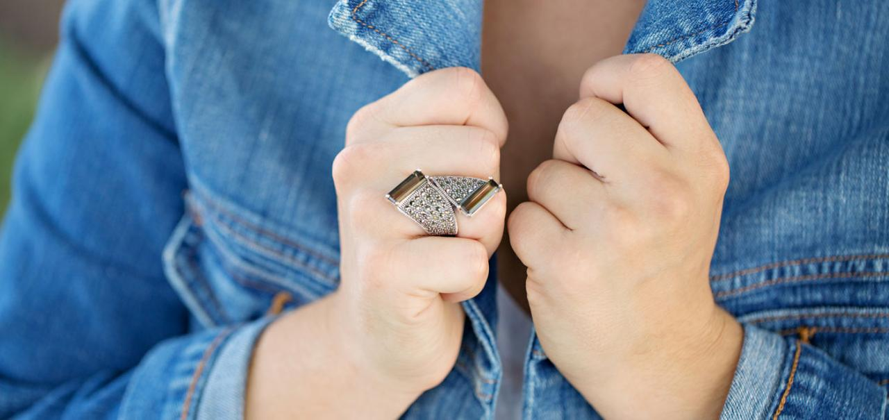 Bypass Rings: the most popular item this fall